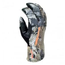 Sitka Pantanal GTX gloves in Waterfowl Timber